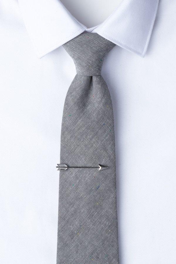nyakkendőtű_ezüst_nyílvessző